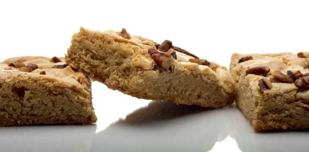 white chocolate pecan brownies