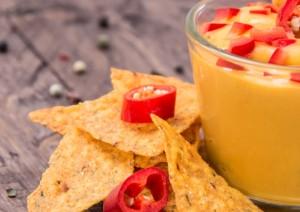 cheesy beer salsa dip