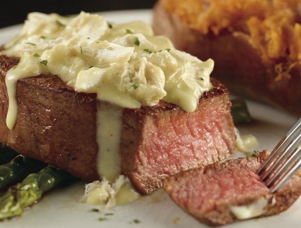 LongHorn Steakhouse Blue Crab & Meyer Lemon Filet