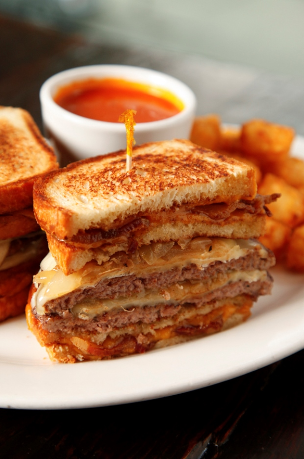 Rockit's Grilled Cheese Burger