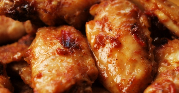 plum-sauced chicken wings